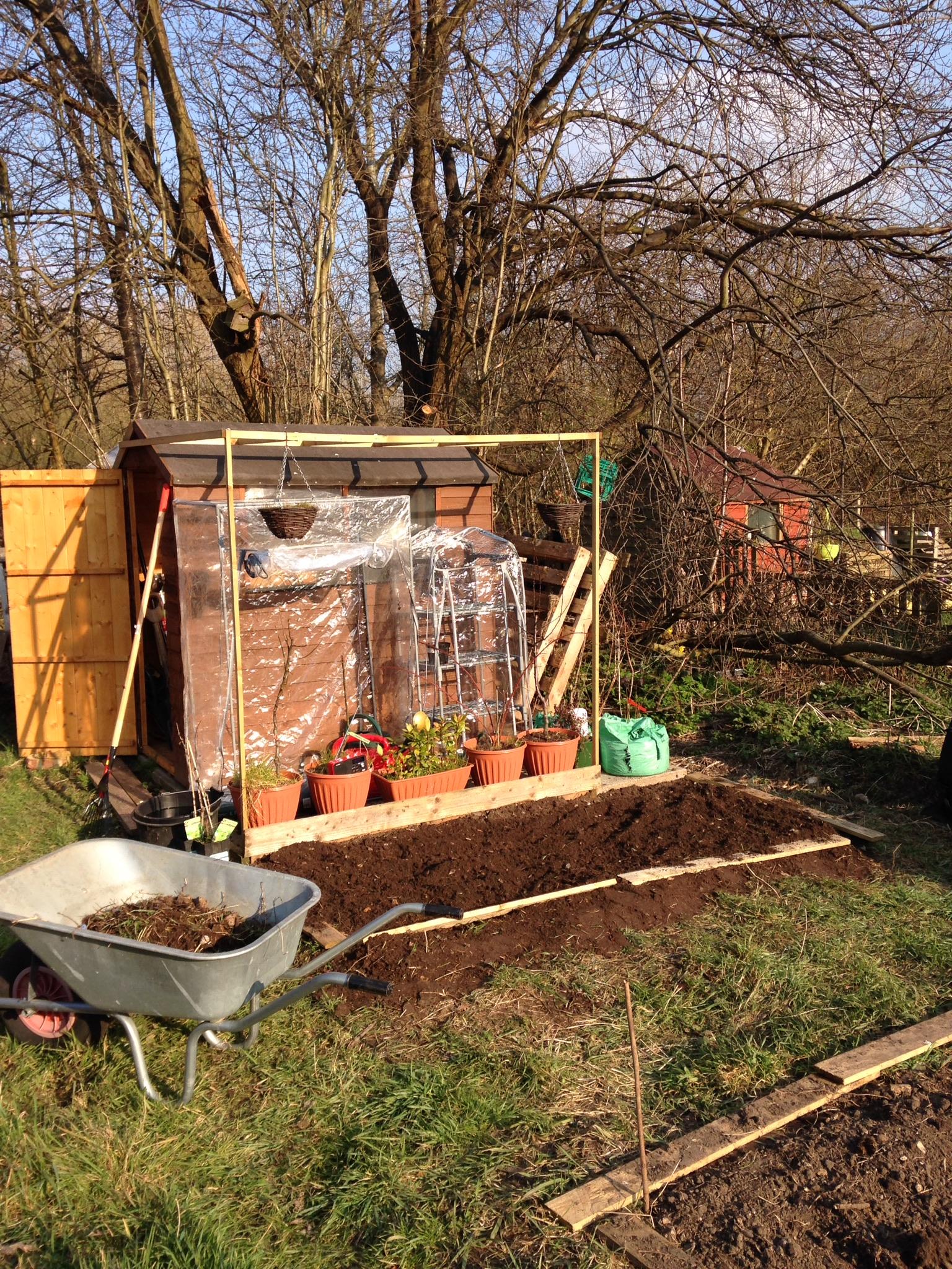 Garden Jobs in March | PurpleBug